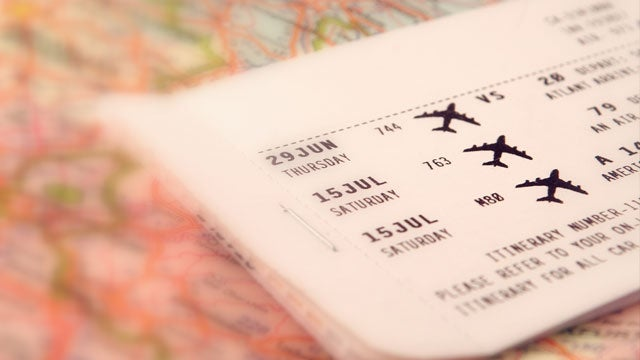 Buy Your Thanksgiving Plane Tickets Now to Avoid Next Week's Price Hikes
