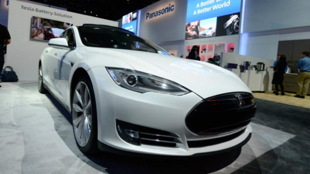 Why Is 60 Minutes Dubbing Motor Noises Over Tesla Footage? (Video)
