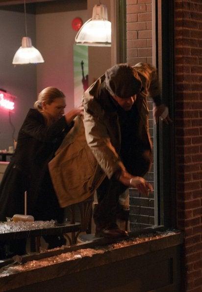 """Promo photos from Fringe episode 4.04, """"Subject 9"""""""
