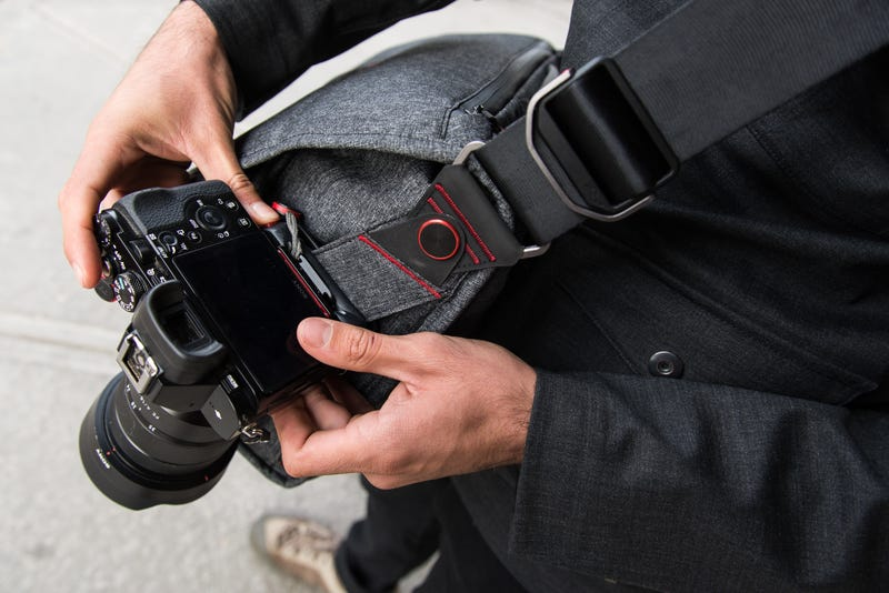 Peak design everyday messenger review the perfect camera bag for Perfect scale pro review