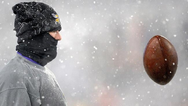"Here's Your ""Total Snowclipse Of The Favre?"" MNF Open Thread"