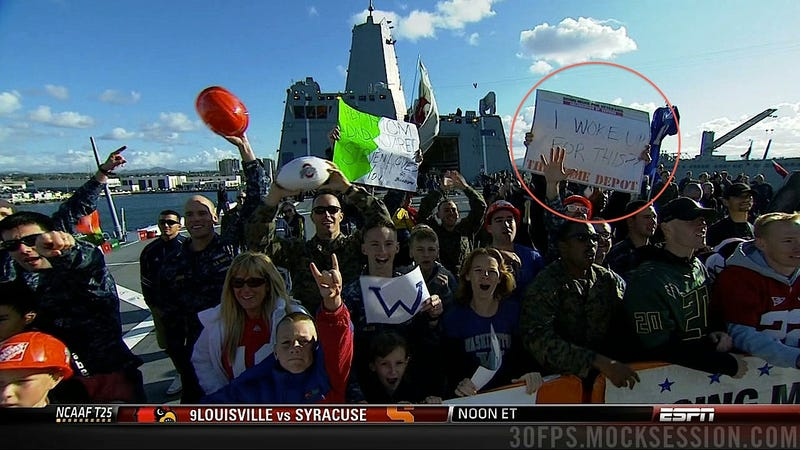 """""""Bring Hockey Back"""": Your Roundup Of The Best Signs Behind The College Gameday Crew"""