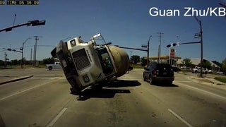 OH FUCK: Dashcam Stares Truck Death In The Face