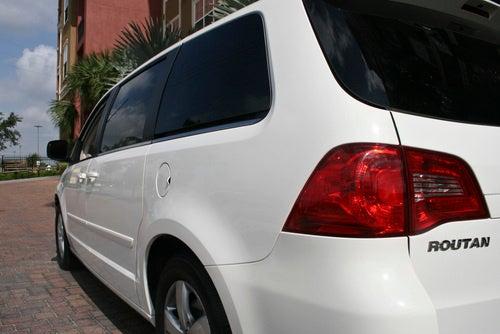 2009 Volkswagen Routan SE, Exterior