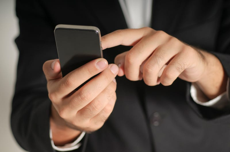 5 quick tips to secure your mobile phone