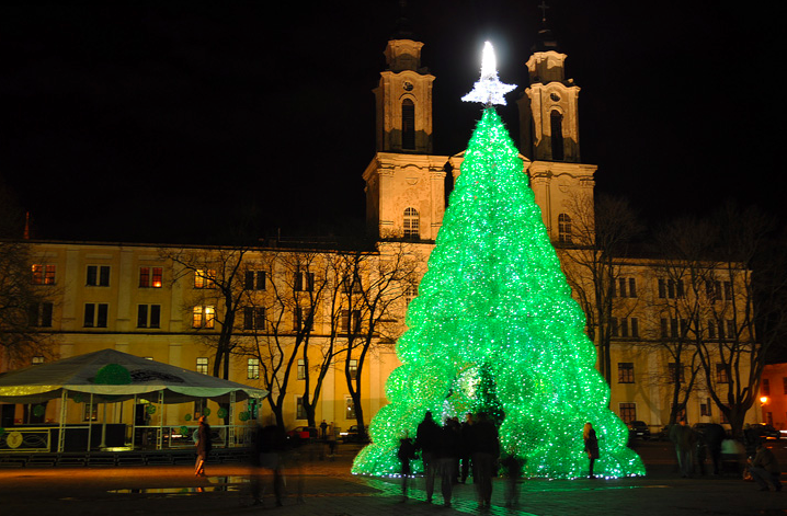 7 of the World's Most Awesome Alternative Christmas Trees