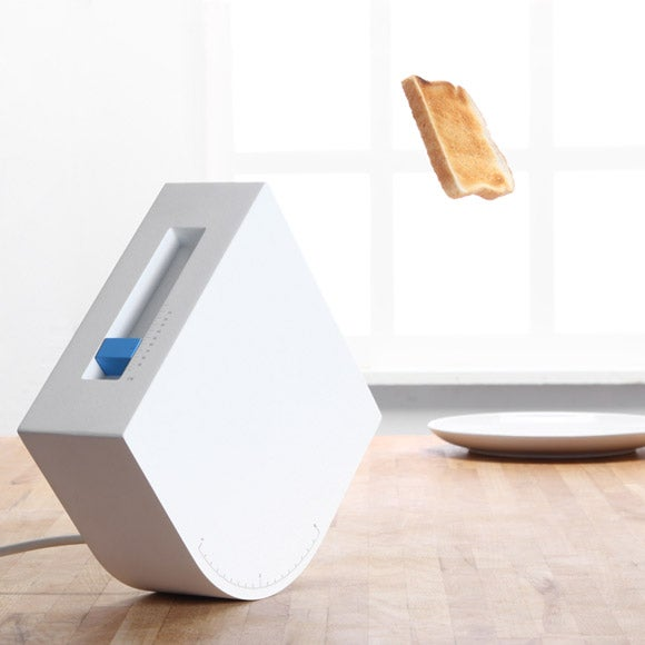 Treubuchet Toaster Hurls Butter Bombs Loaded With Nooks and Crannies