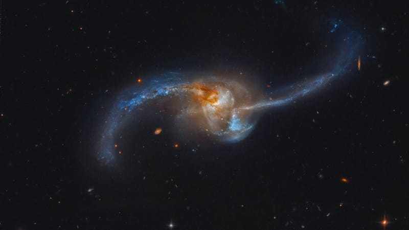 A pair of Milky Ways smash into each other 300 million light-years away