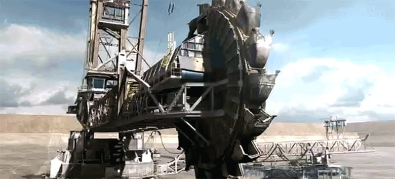 Someone Turned This Massive Earthmover Into A Transformer For Fun