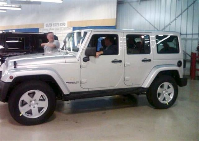 2011 Jeep Wrangler To Get Painted Hard Top
