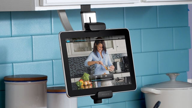 Awesome Stylus/Stand Combo Keeps Bacon Grease Off Your iPad