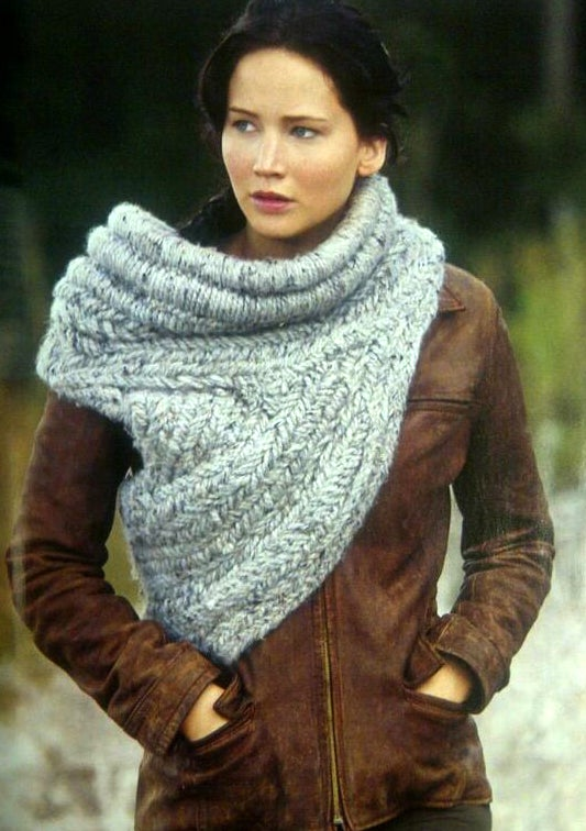 Knit your own Katniss cowl!