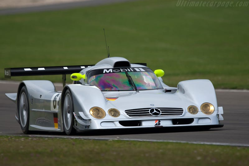 5 Reasons why Mark Webber Should Move to Porsche in 2014