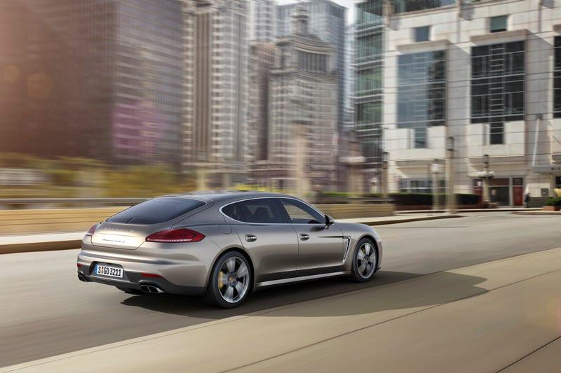 New Top Model In The Model Range: The Porsche Panamera Turbo S