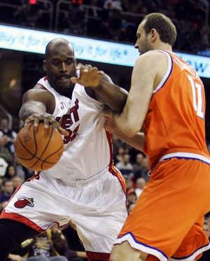 NBA Roundup: Feel The Heat