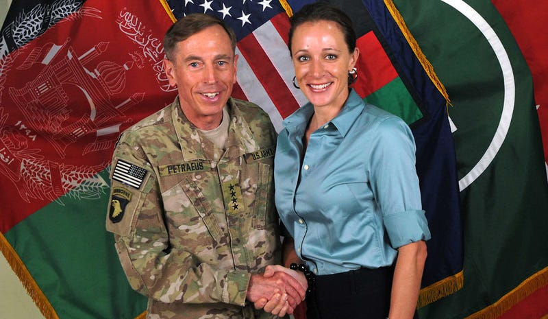 Petraeus Is Making a Totally OMG! Comeback, Says Buzzfeed News Editor [Updated]