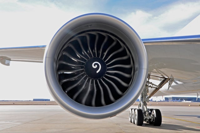 Suck, Squeeze, Bang, Blow – GE Explains How A Jet Engine Works