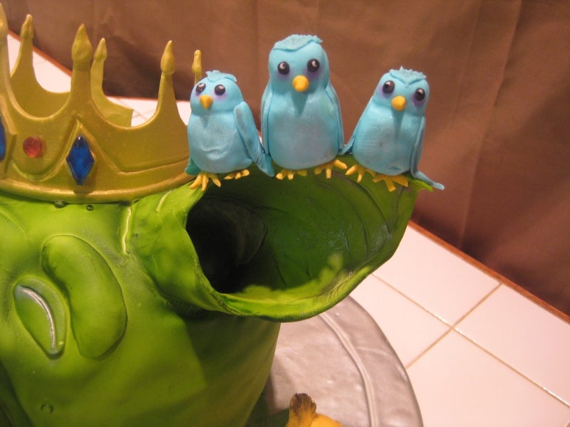 How to Build Your Own Angry Birds Cake