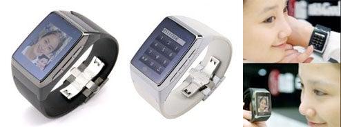 LG Touchscreen Watch Phone Will Support 3G, Speech Recognition, Little Girl Fingers