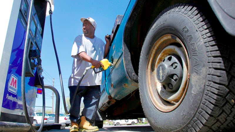 Truckers Carrying Goods for Forever 21 and Wal-Mart Go on Strike