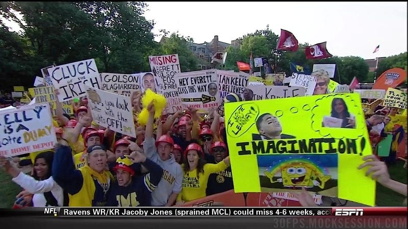"""My GF's Tits 4 Tickets"": Notre Dame vs. Michigan GameDay Sign Roundup"
