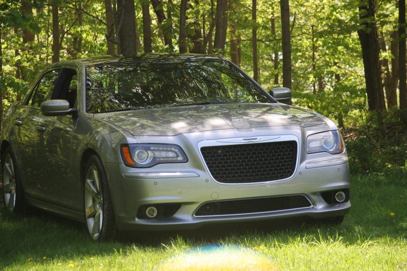 The Chrysler 300 SRT Is How Big American Cars Should Feel