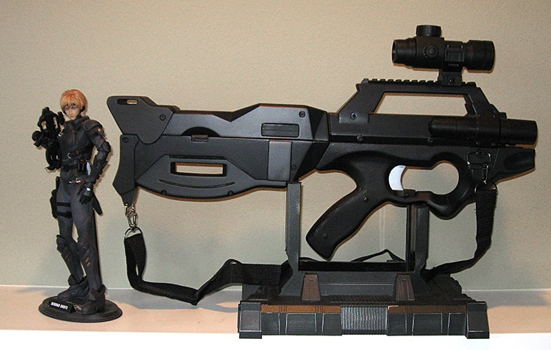 Amazing fan-created, life-size reproductions of Appleseed weaponry