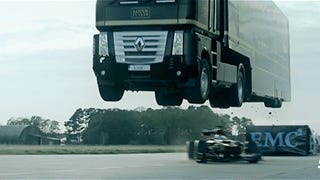 Insane video of a truck racing and a Formula 1 car and jumping over it