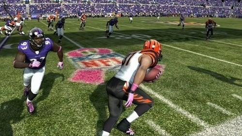 Madden NFL 11 Breast Cancer Awareness