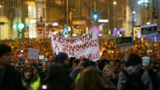 Tölgyessy Péter: A Fidesz a reményeik feladását várja a fiataloktól