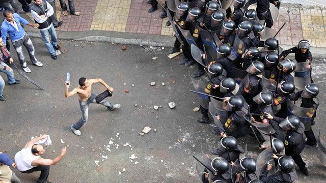 "Can ""cliodynamics"" help historians predict future unrest?"