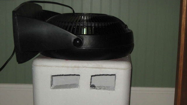 This DIY Air Conditioner Chills Your Room with a Fan and Styrofoam Cooler