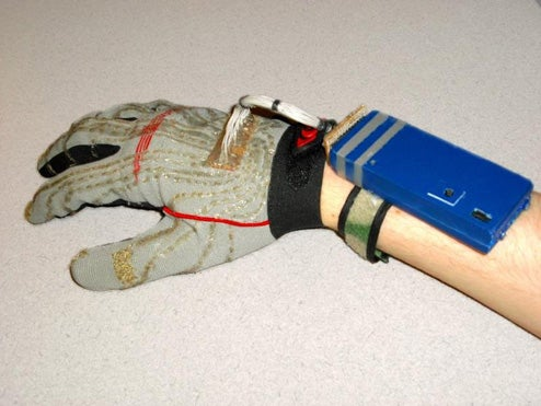 DIY Clove 2 Glove Allows You To Type One-Handed, Sans Keyboard