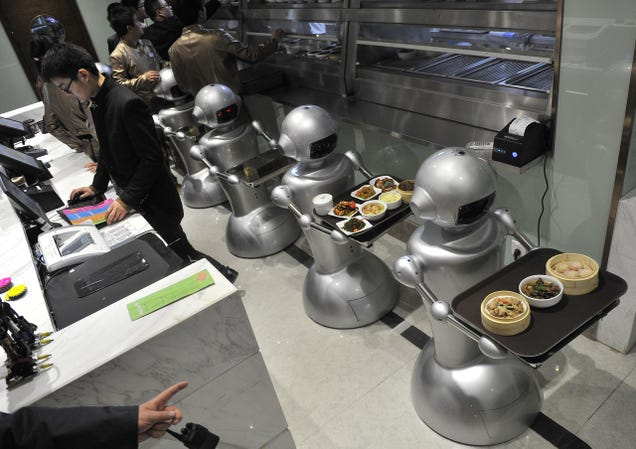Wall.e Restaurant Staffed With Robots Opens in China