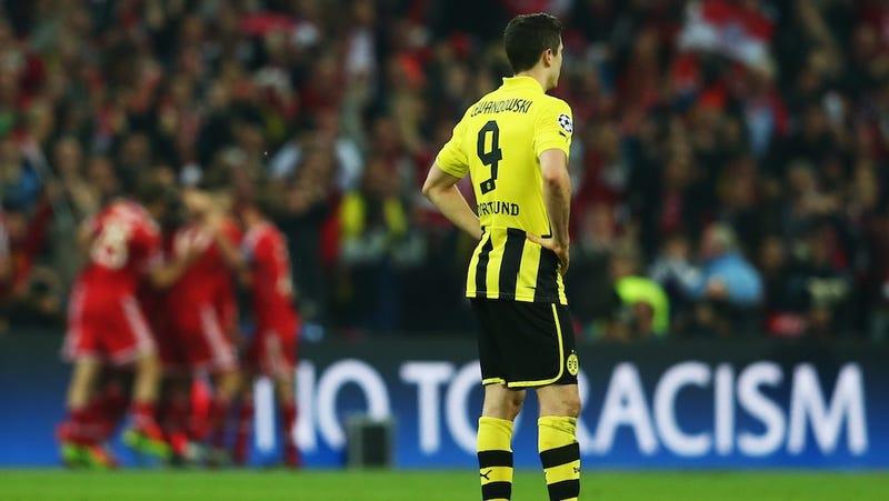 Why Robert Lewandowski, Gareth Bale, Luis Suárez Want To Move, But Can't