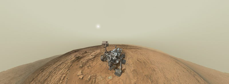 Curiosity Takes A Self-Portrait Panorama