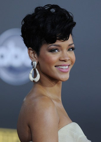 Brown's Lawyers Say Rihanna Shouldn't Testify; No Juicy Fight For Jen & John