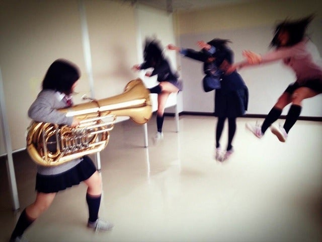 How Band Nerds Hijacked Japan's Biggest Photo Meme