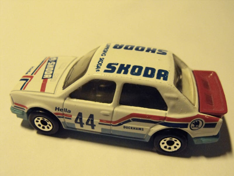 How Many of You Have a Skoda Group B Rally Car?