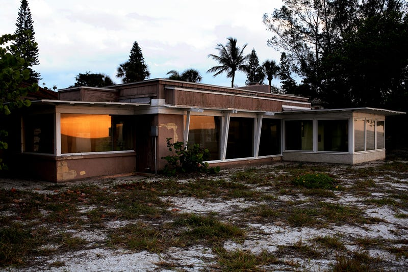 The Faded Glory of Dilapidated Modernist Homes