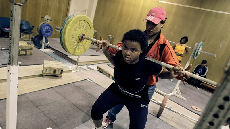 17-Year-Old Will Be the First U.A.E. Woman to Lift Heavy Objects at the Olympics