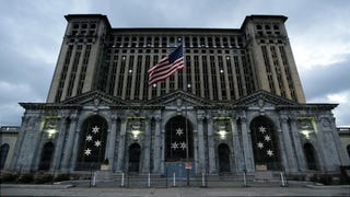 Is Detroit's Most Fabulous Ruin Finally Being Renovated?