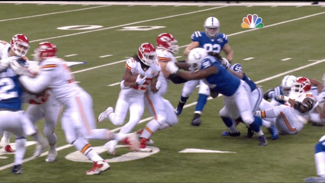 Jamaal Charles Left The Game After This Play