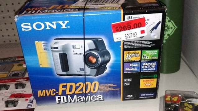 Wal Mart Selling Decade-Old Sony Digital Camera for $300