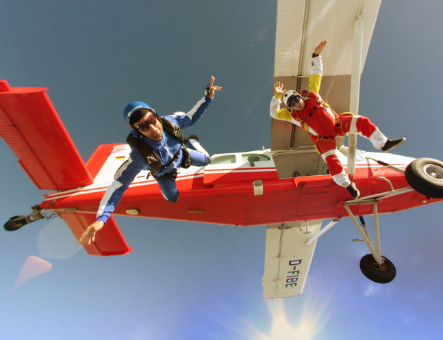 This Amazing Skydiving Panorama Makes Me Want to Jump
