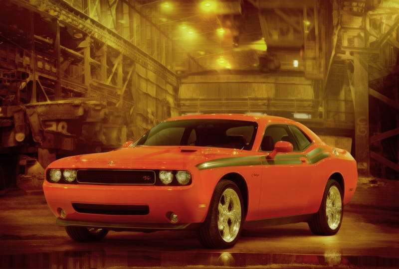 2009 Dodge Challenger R/T Classic: More Stripes, More Muscle