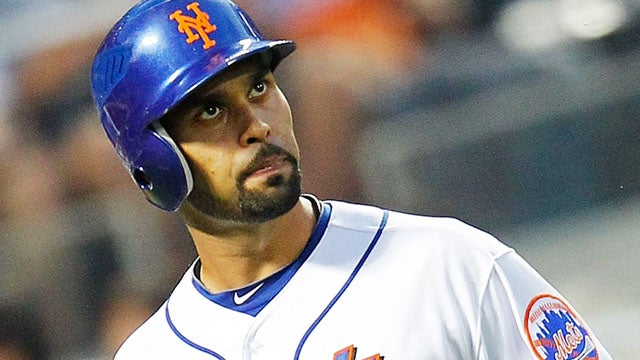 Pooping Mets Player Delays Game