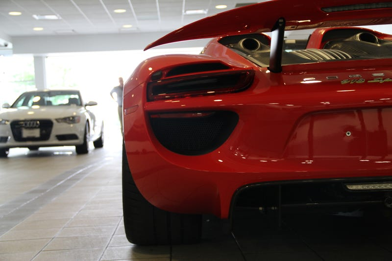 No More Teasing, Here Is The Mega 918 Gallery