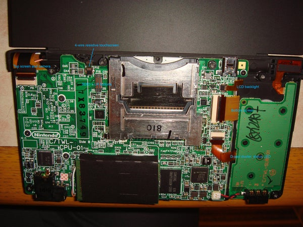 Deconstructed DSi Reveals Beefier Processor Might Be Draining Battery Life