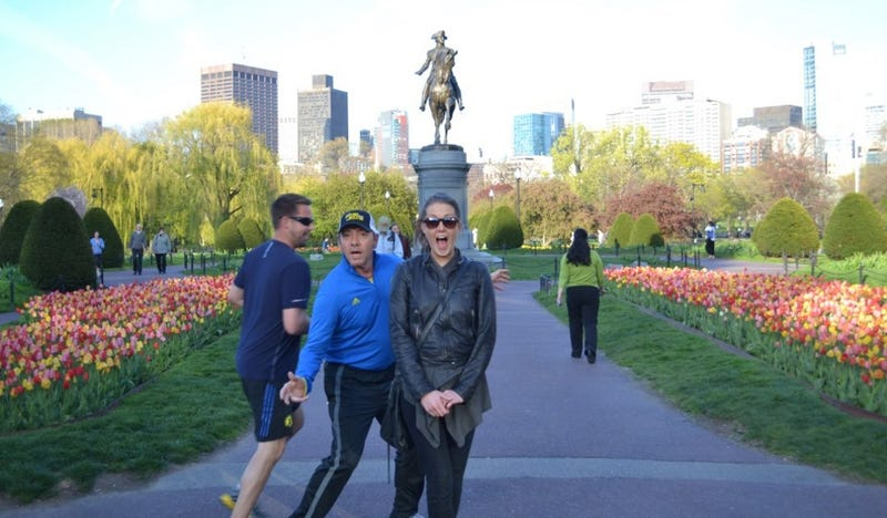 Kevin Spacey Shouts 'Photobomb' Before Jogging Into Woman's Picture